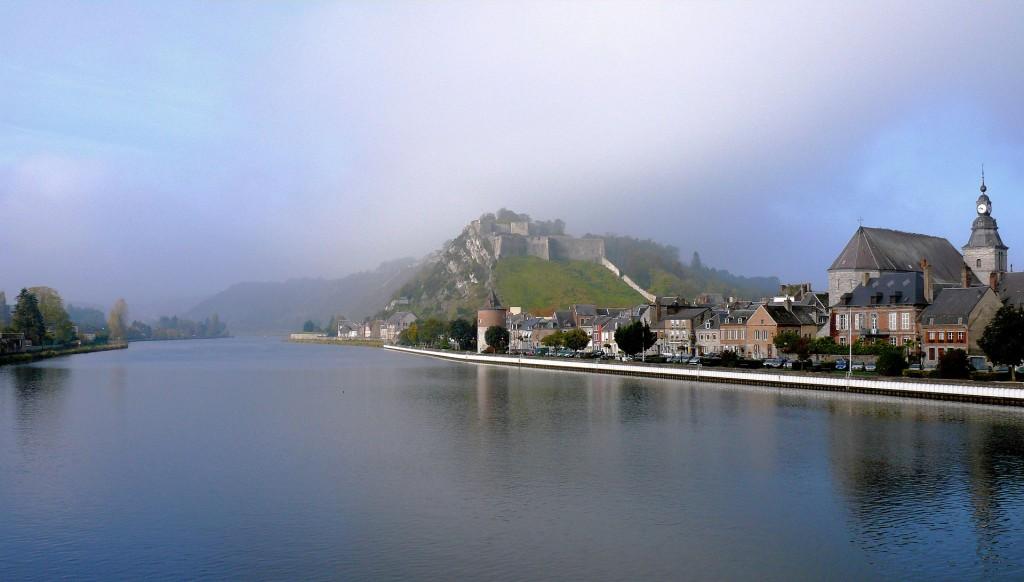 Givet_-_Vue_de_la_Meuse_et_du_fort_de_Charlemont