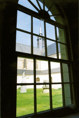 1999-Vu-du-cloitre-w-2d1a5