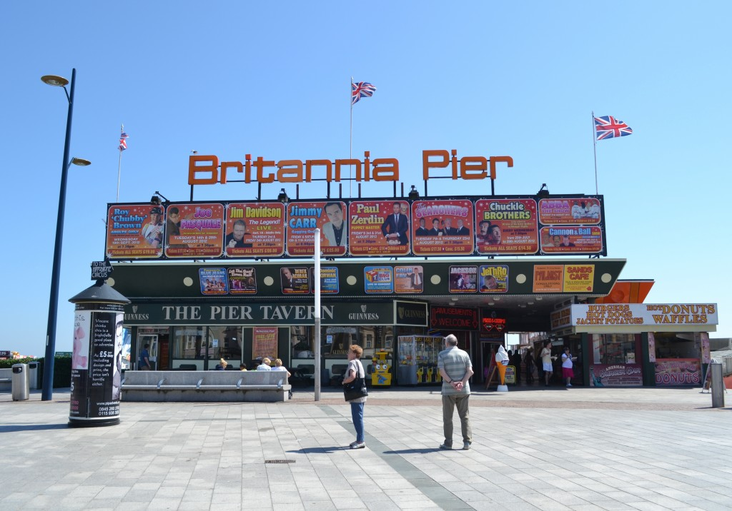 Britannia_Pier,_Great_Yarmouth_-_May_2012