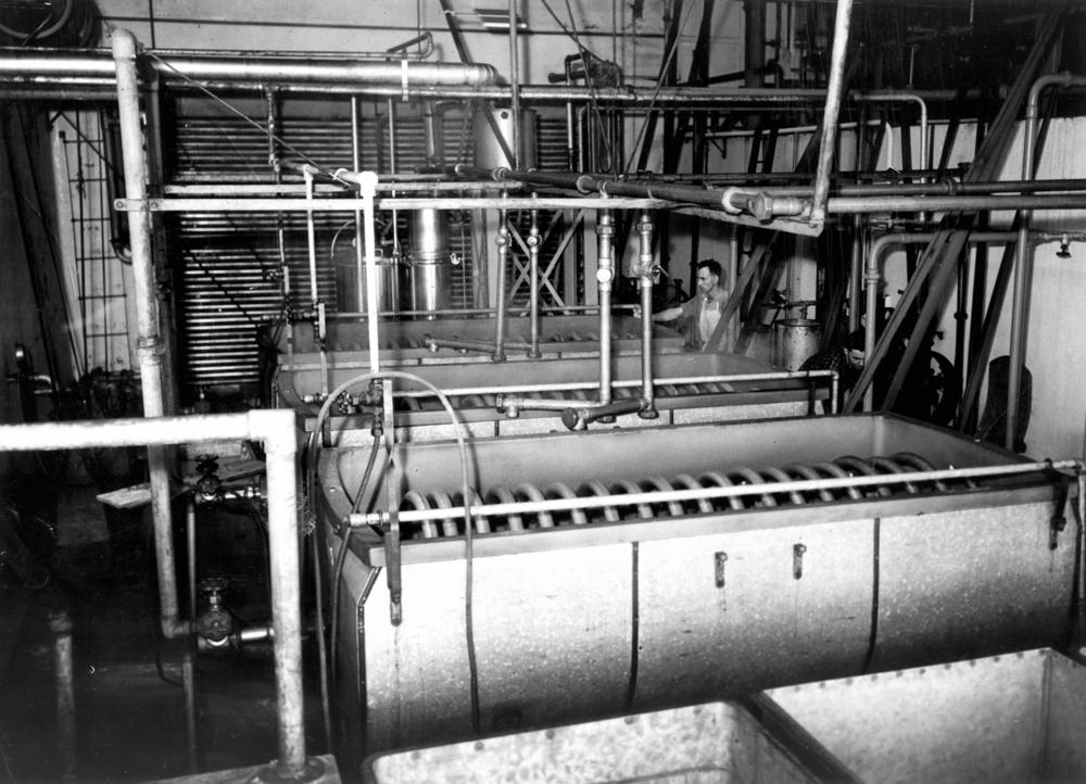 StateLibQld_1_212036_Cream_pasteurising_and_cooling_coils_at_Murgon_Butter_Factory,_1939