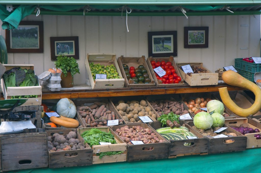 vegetables-on-market-stall