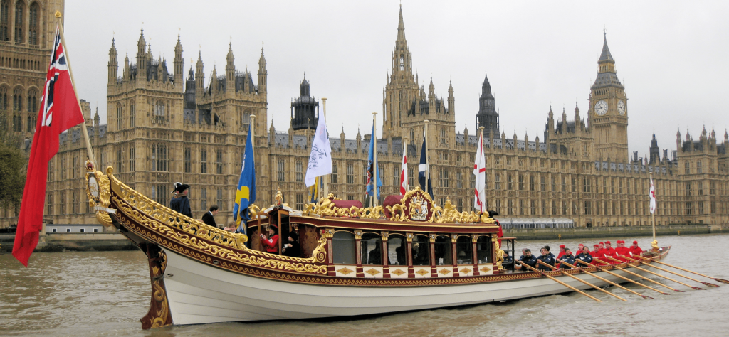 Lord-Mayor-Show_Houses-of-Parliament-2013